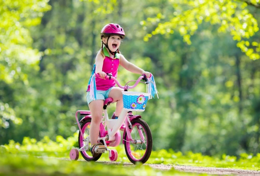 Cómo Enseñar a tus Hijos a Andar en Bicicleta